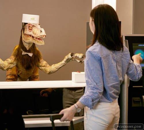 日本《奇怪的飯店》櫃檯小姐不但有機器人更有恐龍ww
